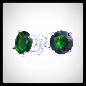Jewelry - NEW Emerald and Silver Stud Earrings